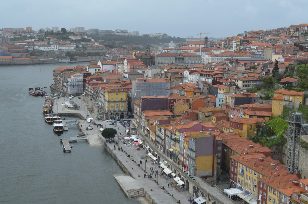 Crossing the bridge and looking down on Porto
